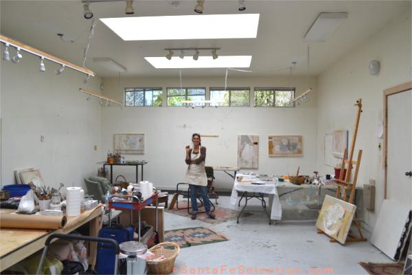 Lauren Mantecon studio