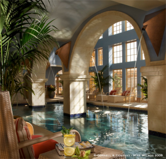 Luxurious Indoor Pool close by Wo' P'in Spa.