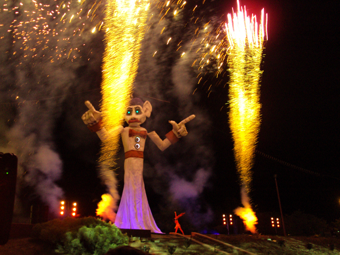 2011 Zozobra from a safe distance- Image courtesy of Kiwanis Club SF. Photo by Kelli Abeyta.