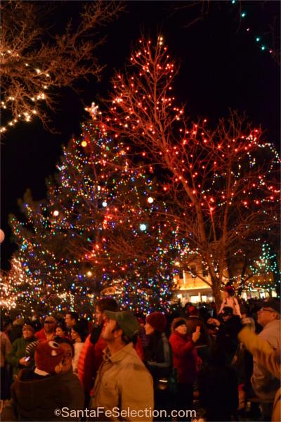 Plaza Christmas Lighting